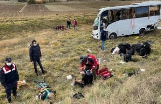Kastamonu'da polis servisinin devrilmesi sonucu...