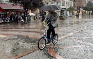 Yurdun batı kesimlerinin yeni bir yağışlı sistemin...