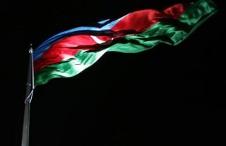 Azerbaycan faiz artırdı