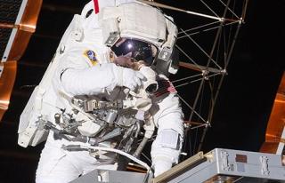 Başkanlık seçimleri için uzay istasyonundan oy...