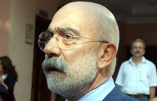 Ahmet Altan FETÖ'den tutuklandı