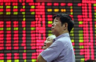 Çin borsası yüzde 7 düşmesinin ardından kapatıldı