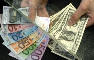 Dolar güne 2,8851 TL, Euro 3,2118 TL'den başladı