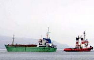 Türk Gemisi Nijerya'da Saldırıya Uğradı, 6 Mürettebat...