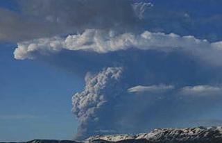 Büyük Bir Yanardağ Patlaması İnsanlığın Sonunu...
