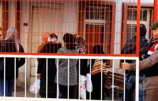 FETÖ'nün Kayseri'deki 'abla'ları, adliyeye sevk...