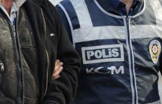 Bursa'da FETÖ/PDY operasyonunda 20 işadamı adliyeye...