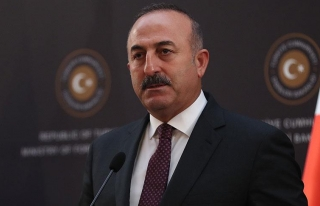 Çavuşoğlu'dan Kerkük'teki bayrak tartışmasıyla...