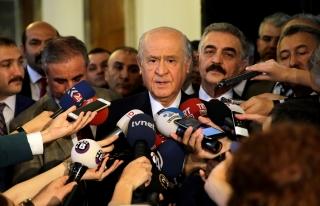 MHP Lideri Bahçeli, gazetecilerin sorularını yanıtladı