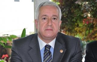 MHP'li Durmaz belediye başkanlarından evde...
