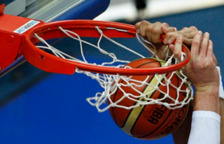 Basketbolda yarı finale yükselen takımlar belli...