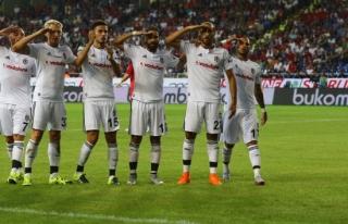 Beşiktaş, Napoli ile evinde berabere kaldı