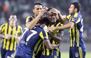 Fenerbahçe Konya deplasmanında güldü