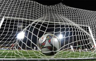 Roman Eremenko'ya futboldan 2 yıl men cezası