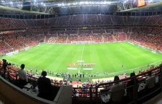 Galatasaray'a bir maç ceza