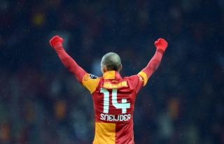 Hollanda Milli Takımı'na Sadece Sneijder Çağırıldı