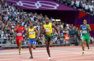100 metreden Bolt geçti