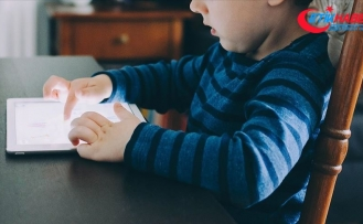 Ebeveynlerin yüzde 84'ü çocuklarının internetteki güvenliğinden endişeli