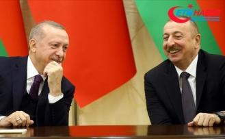 Cumhurbaşkanı Erdoğan Azerbaycan Cumhurbaşkanı Aliyev'i kutladı