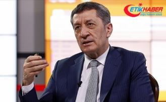 Milli Eğitim Bakanı Selçuk: Lütfen ülkenin eğitim geleceği için kurallara uyalım
