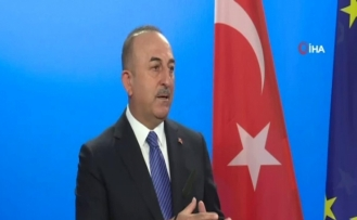 """Dışişleri Bakanı Çavuşoğlu: """"İlk kıblemiz Mescid-i Aksa'ya bu akşam yapılan saldırıyı şiddetle kınıyorum"""""""
