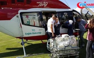 Ambulans helikopter bebek için havalandı