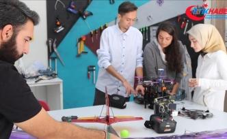 Kız çocuklarının 'bilim ve teknolojiye yönelmesi' Meclis gündeminde