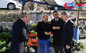 MHP Divan Üyeleri Perşembe Pazarını Ziyaret Ettiler