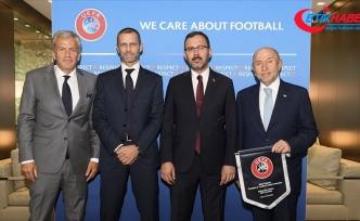 Gençlik ve Spor Bakanı Kasapoğlu: Büyük borçlanmalar kulüplerimizi içine alan bir girdaba dönüştü