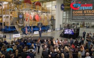 NASA Ay görevinde kullanılacağı roket platformunu görücüye çıkardı