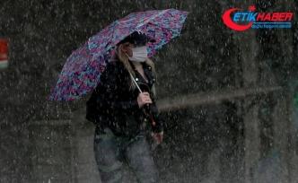 İstanbul'da aralıklı olarak yağış etkili oluyor