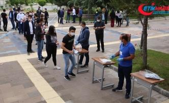 LGS kapsamındaki merkezi sınavda birinci oturum sona erdi