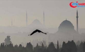İstanbul yeni güne sisle başladı