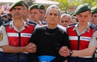 Akın Öztürk'e, 141 kez ağırlaştırılmış müebbet hapis cezası verildi