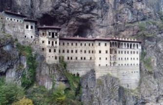 Sümela Manastırı'ndaki restorasyon çalışmaları 2,5 yıldır sürüyor