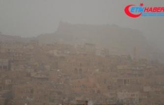 Suriye üzerinden gelen toz zerrecikleri Mardin'de etkili oluyor