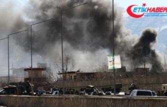 Afganistan'da Taliban iki ilçeye saldırdı