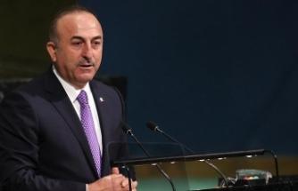 """""""Döviz kuru oyunlarıyla Türkiye yıkılacak bir ülke değil"""""""