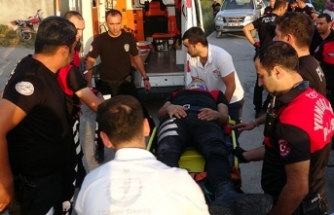 Limon hırsızlarını kovalayan motosikletli polisler kaza yaptı: 2 yaralı