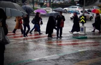 """""""3 ayda yağacak yağış 24 saatte düştü"""""""