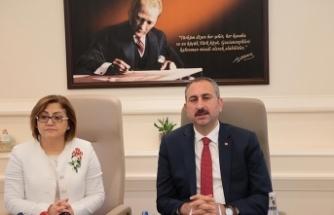 Adalet Bakanı Gül: Türkiye'de bu dönemin adı şahlanış dönemidir