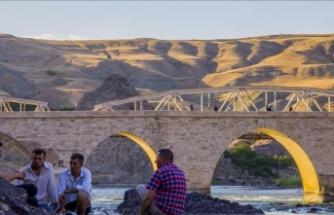 """""""Evliyalar şehri"""" Elazığ turist sayısını ikiye katladı"""