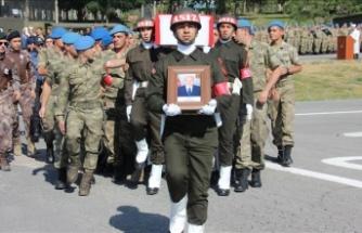 Hakkari'de şehit korucu için tören düzenlendi