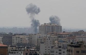 İsrail Gazze'yi yine vurdu