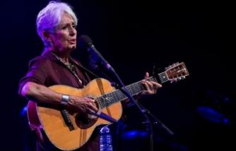 Joan Baez İstanbul'da son kez konser verdi