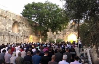 Mescid-i Aksa'nın kapıları yeniden açıldı