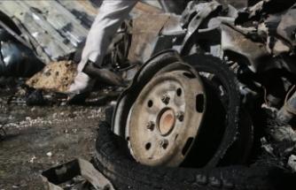 Bab'da sivillere ait araca yerleştirilen bomba patladı