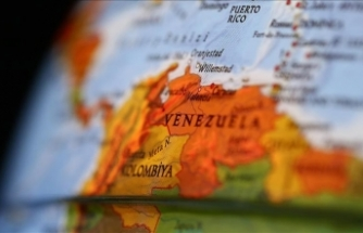 """Eski Kolombiya Devlet Başkanı Uribe'den Venezuela'da """"darbe"""" çağrısı"""