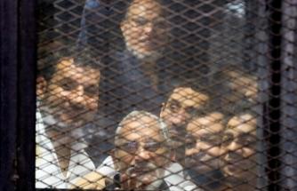Mısır'da darbe karşıtlarına yine idam ve müebbet