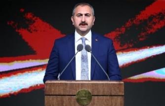 Adalet Bakanı Gül: İslam karşıtlığı özünde bir nefret suçudur